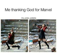 marvel avengers Me thanking God for Marvel popular memes on the site Avengers Humor, Marvel Avengers, Marvel Jokes, Films Marvel, Wanda Marvel, Funny Marvel Memes, Dc Memes, Captain Marvel, Marvel Comics