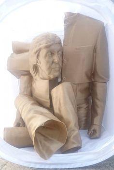 Aye Aye Labs 3D Prints a Larger Than Life Sir Paul McCartney Statue http://3dprint.com/71630/3d-print-paul-mccartney/