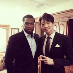 Rain hangs out with American rapper 50 Cent Asian Actors, Korean Actors, Rapper 50 Cent, Rain Pictures, Bi Rain, American Rappers, Cute Korean, Latest Pics, Visual Kei