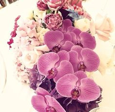 Pantone - Color of the Year 2014 - Radiant Orchid - Floral table arrangement - Flowers by Grandiflora Sydney