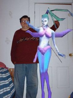 From a gallery of guys with photo-shopped-in girlfriends.   http://seriouslyforreal.com/funny/a-gallery-of-guys-with-imaginary-photoshopped-girlfriends-2/