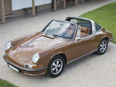 1972 Porsche 911 S 2.4 Targa | Monterey 2014 | RM AUCTIONS