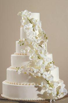 Wedding Cake Stands, Wedding Cake Rustic, White Wedding Cakes, Beautiful Wedding Cakes, Wedding Cake Toppers, Beautiful Cakes, Amazing Cakes, Dream Wedding, Cake Wedding