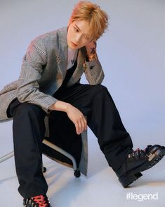 goes up close and personal with Korean heartthrob Kim Jaejoong Hero Jaejoong, Khaki Trench Coat, Blue Denim Shirt, Kim Jae Joong, Fan Picture, Shearling Jacket, Jyj, Black Trousers, Tvxq