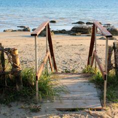 Kroatien Zambratija Beach Bergen, Wind Turbine, Park, Beach, Travel, Steampunk, European Travel, Viajes, The Beach