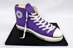 Chocolate Converse All Star Cake! by Berliosca Cake Boutique Converse Cake, Purple Converse, Converse All Star, Nike Heels, Nike Wedges, New Nike Shoes, Cupcakes, Cupcake Cakes, Birthday Cakes