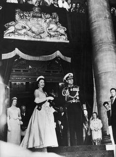 1963: A Salute Abroad  - HarpersBAZAAR.com