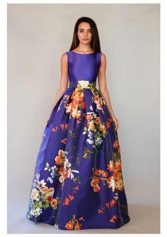Workbook- Evening dresses and wedding dresses Matilde Cano & Mass Lovely Dresses, Beautiful Gowns, Elegant Dresses, Evening Dresses, Prom Dresses, Formal Dresses, Dress Skirt, Dress Up, Vestidos Vintage