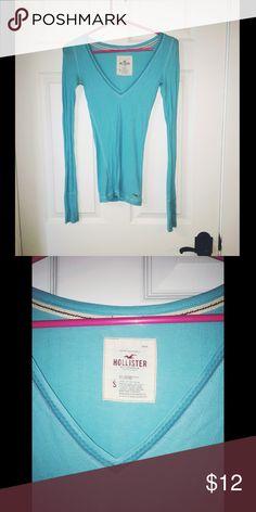 Blue Hollister Long Sleeve Shirt Light blue Hollister long sleeve shirt size small. Hollister Tops