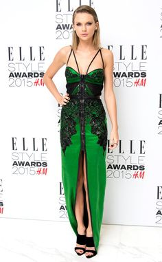 We are green with envy over Taylor Swift's dress at the Elle Style Awards!
