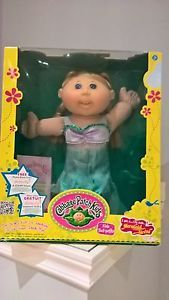 Cabbage-Patch-Kids-Mermaid-New-in-Box-Blonde-Blue-eyes-CPK-Mermaid-Outfit-Smile