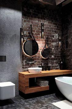 Hoy en día son más las personas que optan por agregar tonos oscuros a los baños. Colores que van desde los grises oscuros, marrones, negros… en acabados como pueden ser los alicatados y sanitarios. Para baños grandes, también puedes optar por hormigones o cementos pulidos, maderas y piedras variadas. #baños #bañososcuros #decoración #ideasbaño #ideas #tonososcuros Earthy Bathroom, Modern Bathroom, Minimal Bathroom, Bathroom Vintage, Small Bathroom, Innovation, Home Design, Layout Design, Master Bathroom Layout
