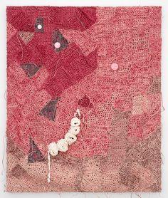 Josh Faught es un artista que vive y trabaja en San Francisco cuya obra se caracteriza por aunar numerosos elementos y técnicas. El ganchillo es una de ellas, pero también la escultura, la pintura,…