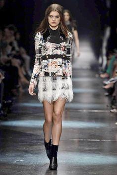 71d15dabd35e 14 Amazing GUCCI Pre-Fall 2015 images   Fall winter 2015, Fashion ...