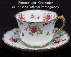 Vintage Crockery - PorcelainSingle cup and saucer, Rose and Gold. Ornate handle. Gold rim.