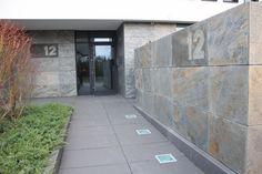 Elewacja Łupek Rok Produkcji 2012 Lokalizacja Poznań Garage Doors, Sidewalk, Outdoor Decor, Home Decor, Garden, Decoration Home, Room Decor, Side Walkway, Walkway