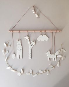 Baby Diy Mobile Simple New Ideas Diy Clay, Clay Crafts, Diy And Crafts, Diy Air Dry Clay, Clay Christmas Decorations, Christmas Crafts, Xmas, Diy For Kids, Crafts For Kids