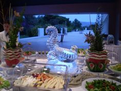 a sculpture that adds elegance at your buffet Disney Little Mermaids, The Little Mermaid, Ice Molds, Ice Sculptures, Our Wedding, Candles, Table Decorations, Ice Cubes, Freezer