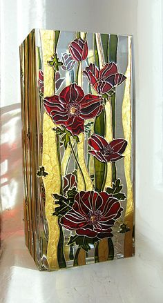 Hand painted vase by ElenaVitro - Poppies Stained Glass Paint, Stained Glass Projects, Stained Glass Patterns, Glass Ceramic, Mosaic Glass, Glass Art, Glass Painting Designs, Paint Designs, Glass Bottle Crafts
