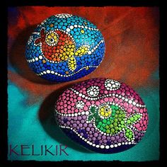 peculiar fish making an appearance . . #mandala #dots #fish #art#acrylicpainting #tasboyama #tastasarim#artsanity#art_4_shoutouts#arts_help#supportart #sweet #art #artoftheday #myart #love #handmadeart #artistic_dna