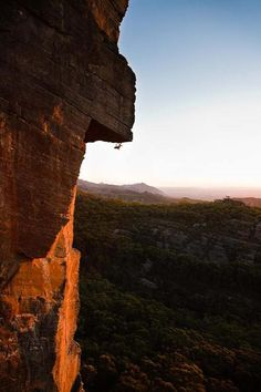 Passport to insanity in the Grampians; 27 fully free in boots, 20M2 frig, or outrageous without boots
