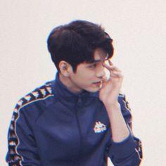 Wanna one Ong seongwu Korean Boys Ulzzang, Ulzzang Boy, Ong Seung Woo, First Boyfriend, Role Player, Korea Boy, A Series Of Unfortunate Events, Kim Jaehwan, I Miss Him