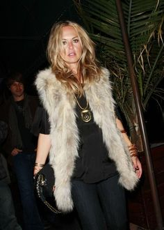 Maj - Rachel Zoe in one of her signature faux fur vests.  We go ba-na-nas over faux fur!    See More: http://nubry.com/2012/03/la-celebrity-style-session-at-the-waldorf-astoria/