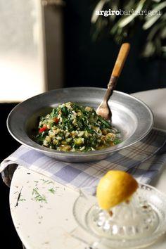 "Healthy mommy's food named ""Spanakorizo"" in greek! #argiro #argirobarbarigou #spanakorizo #spinach #rice #spinachrice #greek #chef #food Spinach Rice, Greek Recipes, Risotto, Food And Drink, Vegan, Vegetables, Cooking, Sweet, Ethnic Recipes"