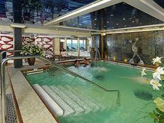 the Royal spa pool