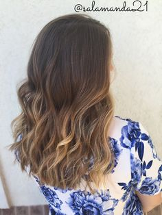 Gorgeous natural sunkissed beachy curled balayage ombré hair done by me Manda Heath @salamanda21