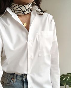 womens white shirt, white shirt outfit for women Oversized Shirt Outfit, Oversized White Shirt, White Shirt Outfits, White Shirt And Jeans, Casual Outfits, Looks Chic, Looks Style, Outfits Camisa Blanca, Look Fashion