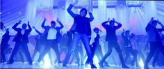 #ShakeItLikeShammi Song Lyrics and HD Video - http://latestsdaily.com/shake-it-like-shammi-song-featuring-sidharth-malhotra-and-adah-sharma-hd-video-and-lyrics-hasee-to-phasee/  The song is sung in the voice of Benny Dayal while the lyrics are penned by Amitabh Bhattacharya. The composer of the music are Vishal & Shekhar.  #Bollywood #HaseeTohPhasee #SidharthMalhotra #ParineetiChopra #AdahSharma