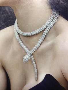 Bulgari necklace, love!
