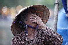 La risa puede ser especialmente placentera cuando está prohibida. Learn Vietnamese, Effects Of Stress, Go To Movies, Daily Activities, Bucharest, Photo Essay, Travel Alone, Vietnam Travel, Solo Travel