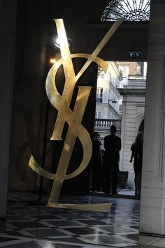 Yves Saint Laurent - the most beautiful name in the world. Ysl Beauty, Fashion Beauty, Design Theory, Giambattista Valli, Fashion Images, Paris, Luxury Branding, Stella Mccartney, Yves Saint Laurent