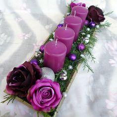 Adventní svícen * fialová dekorace Deep Purple, Floral Wreath, Wreaths, Candles, Hobby, Table Decorations, Christmas, Winter, Home Decor
