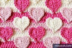 The pattern based on an interlocking motif - this time hearts. You can use this pattern to crochet blankets, hats, scarfs and kids outfits. Picot Crochet, Crochet Video, Crochet Diy, Love Crochet, Crochet Motif, Crochet Crafts, Crochet Flowers, Crochet Projects, Crochet Stitches Patterns