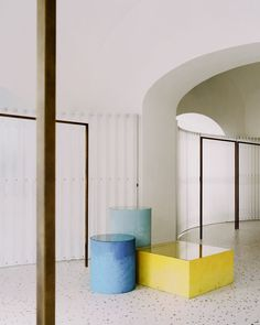 Paritzki & Liani Architects has created a minimal interior for a boutique on the Italian island of Ischia, filled with references to local architecture and volcanic geology. Sky Ceiling, Retail Architecture, Interior Styling, Interior Design, Retail Interior, White Curtains, Stone Houses, Retail Space, Minimalist Interior