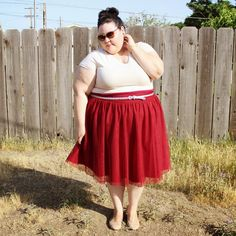 Fashion, Love, and Martinis -- This girl is the best!! Such cute taste in clothes and so inspirational. Plus, she's apple shaped like me so I'm finally seeing what looks best on body types similar to mine.. granted she's got more booty than me but still!
