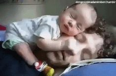 30 Newborn Tips, Tricks, Hacks for the First 30 Days - LoveLiliya Newborn Baby Tips, Newborn Care, Newborn Schedule, Baby Schedule, Sleep Schedule, Funny Babies, Cute Babies, Stopping Breastfeeding, Breastfeeding Tips