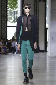 Ann Demeulemeester Menswear Spring Summer 2016 Paris - NOWFASHION