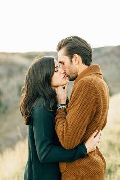 Romantic Mountain Anniversary Session | Mountain Engagement Session | Utah Wedding Photographer | Utah Photographer | Tonys Grove Utah | What to Wear | Couple Posing