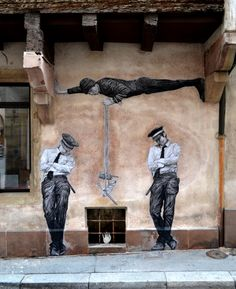 By Levalet. https://www.amazon.com/s?marketplaceID=ATVPDKIKX0DER&me=AIYJZ8EO586GF&merchant=AIYJZ8EO586GF&redirect=true