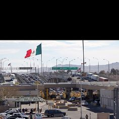 Federal Scanning at the Mexican border / El Paso, Texas / US.one of the bridges into Juarez, Mexico Places To Travel, Places To Visit, Sun City, Fantasy Places, New Mexico, Places Ive Been, Cities, Texas Tumbleweed, Spaces
