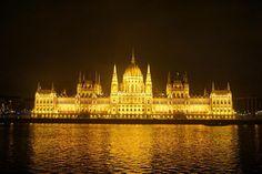 #헝가리 #부다페스트 #야경 #hungary #budapest #europe #travelgram #trip #travel #traveling #europetrip #eurotrip #saturdaynight #nightlights #너무예뻐 #야경깡패  by sminky_