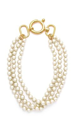 Fallon triple strand pearl necklace -- Another reason for me to love Fallon. LOVE the huge clasp.