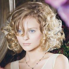 25 fantastiche immagini su capelli ricci | Capelli ricci ...