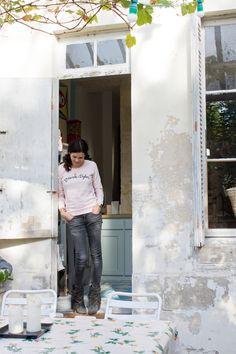 Hills connection http://insidecloset.com/anne-laure-bordeaux-13/