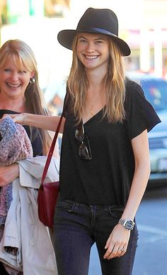 Behati Prinsloo and Adam Levine enjoy dinner with her parents in Hollywood on Saturday, Oct. 19