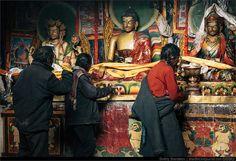 Строгие боги в Zutrulpuk Gompa   монастырь Zutrulpuk Gompa   Flickr